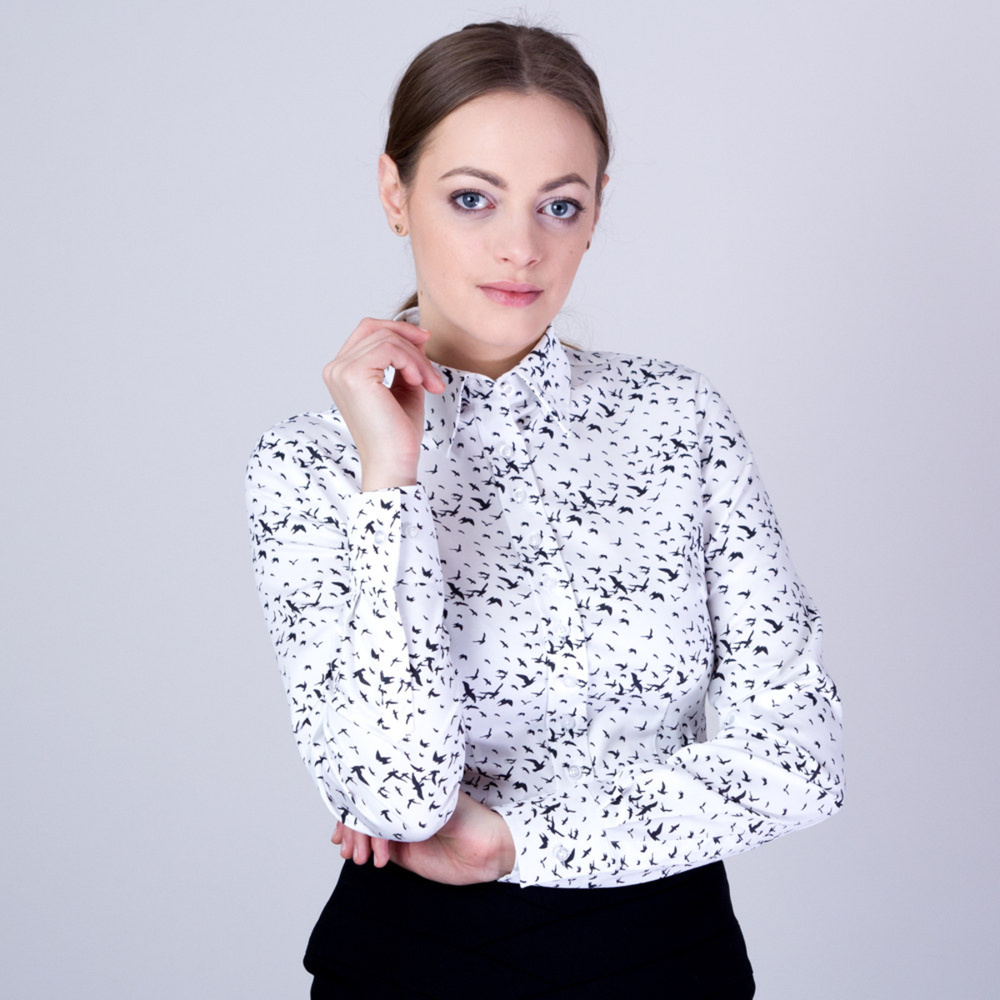 Women's shirt with flying birds print 11382