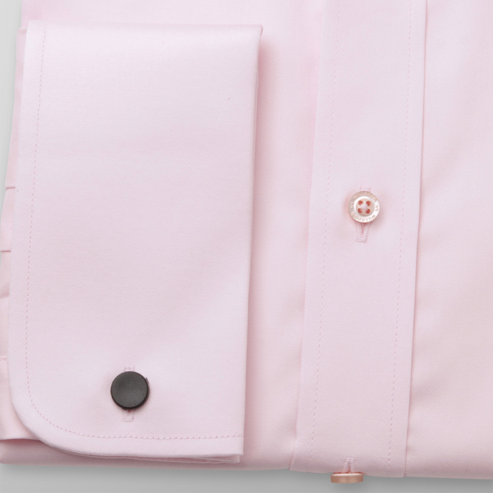 Men's slim fit shirt in light pink color with smooth pattern 11393