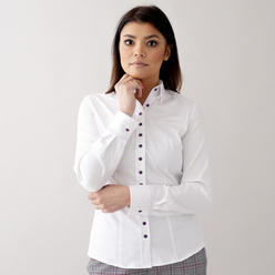 Women's shirt in white with contrast buttons 10542